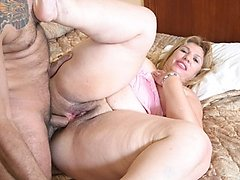 Mature BBW with super big ass rides!